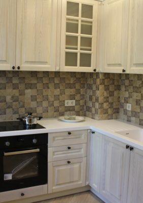 Кухни с деревянными фасадами