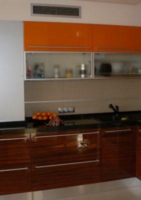 Кухни со шпоном