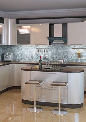 Кухня с матовыми крашеными мдф фасадами