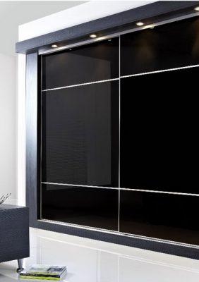 Шкаф с крашеным стеклом