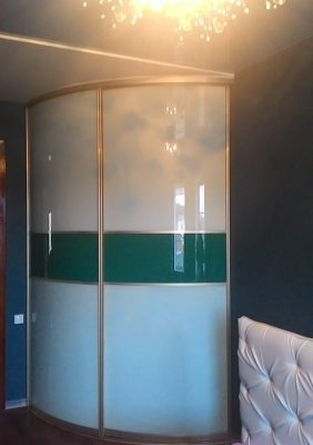 Раздвижные радиусные двери для шкафа