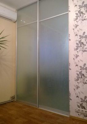 Раздвижные двери межкомнатные с рисунком на матовым стекле