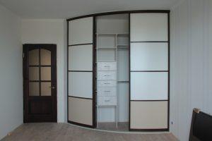 Угловой радиусный шкаф