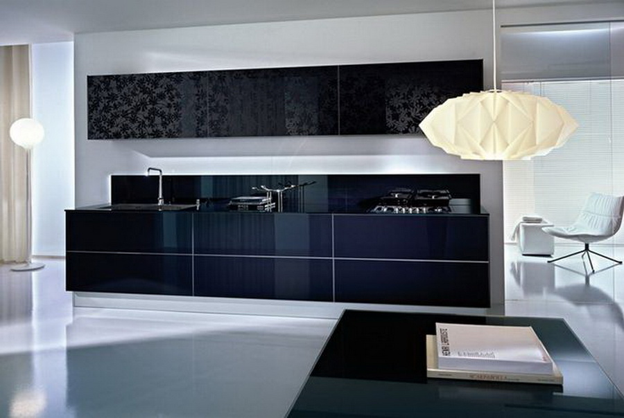 Кухня с матированным рисунком на стекле