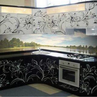 Кухня с крашеным рисунком на МДФ фасадах