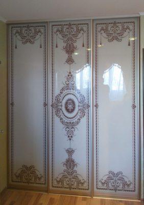 Раздвижные двери для гардеробной Чешка