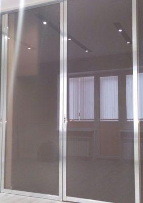 Межкомнатная перегородка с раздвижными дверями