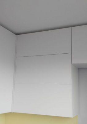 Кухня с белыми матовыми фасадами без ручек